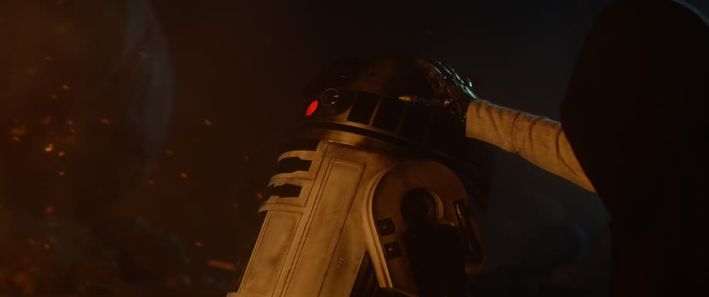 Star Wars The Force Awakens R2-D2