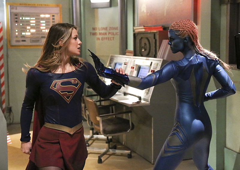 Supergirl and Indigo - S1E15: Solitude