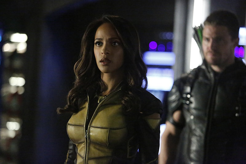 """Arrow -- """"Taken"""" -- Image AR415b_0014.jpg -- Pictured (L-R): Megalyn E.K. as Vixen and Stephen Amell as Oliver Queen / The Green Arrow -- Photo: Bettina Strauss/ The CW -- © 2016 The CW Network, LLC. All Rights Reserved."""