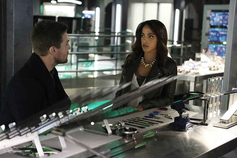 """Arrow -- """"Taken"""" -- Image AR415b_0218.jpg -- Pictured (L-R): Stephen Amell as Oliver Queen / The Green Arrow and Megalyn E.K. as Vixen -- Photo: Bettina Strauss/ The CW -- © 2016 The CW Network, LLC. All Rights Reserved."""