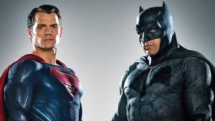 Ben Affleck And Henry Cavill Chats 'Batman V Superman' On ... Pacific Rim Cover