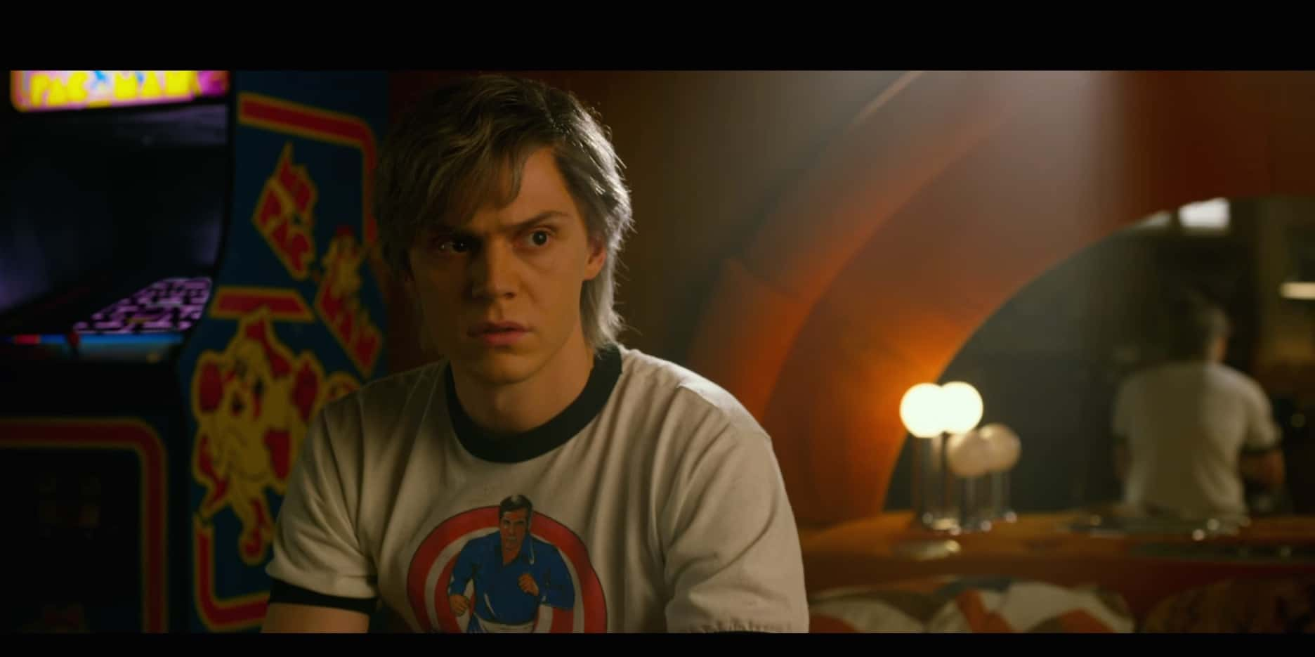Quicksilver superhero evan peters