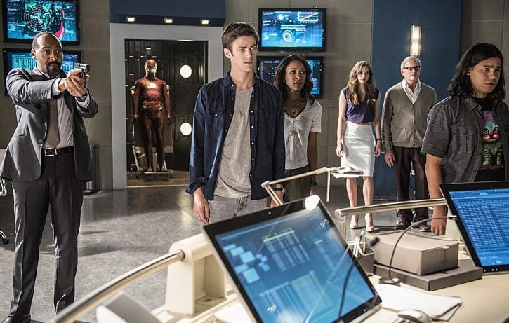 Supergirl Team Flash
