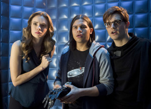 "The Flash -- ""Flash Back"" -- Image: FLA217b_0178b.jpg -- Pictured (L-R): Danielle Panabaker as Caitlin Snow, Carlos Valdes as Cisco Ramon and Andrew Mientus as Hartley Rathaway -- Photo: Diyah Pera/The CW -- © 2016 The CW Network, LLC. All rights reserved."