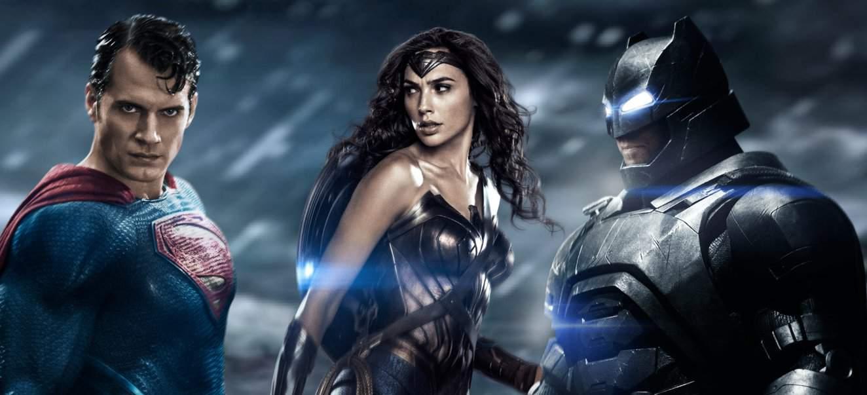 смотреть бетменн против супермена