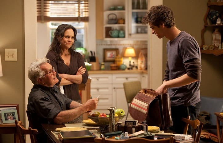 martin_sheen_uncle_ben,_sally_field_aunt_may_and_andrew_garfield_peter_parker