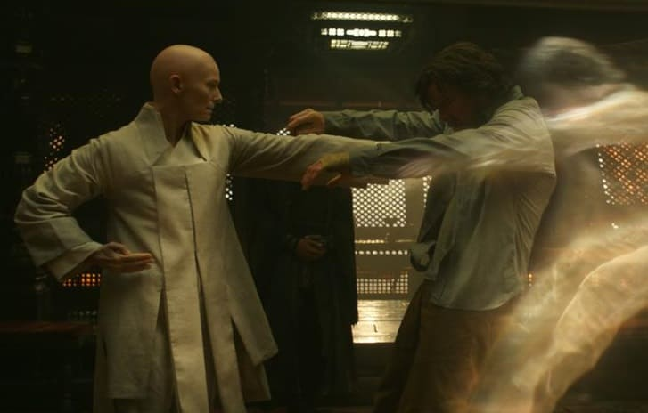 still-of-tilda-swinton-and-benedict-cumberbatch-in-doctor-strange-(2016)-large-picture