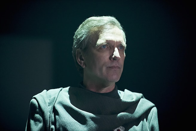 """DC's Legends of Tomorrow -- """"Destiny""""-- Image LGN115a_0007b.jpg -- Pictured: Martin Donovan as Time Master Druce -- Photo: Cate Cameron/The CW -- © 2016 The CW Network, LLC. All Rights Reserved."""