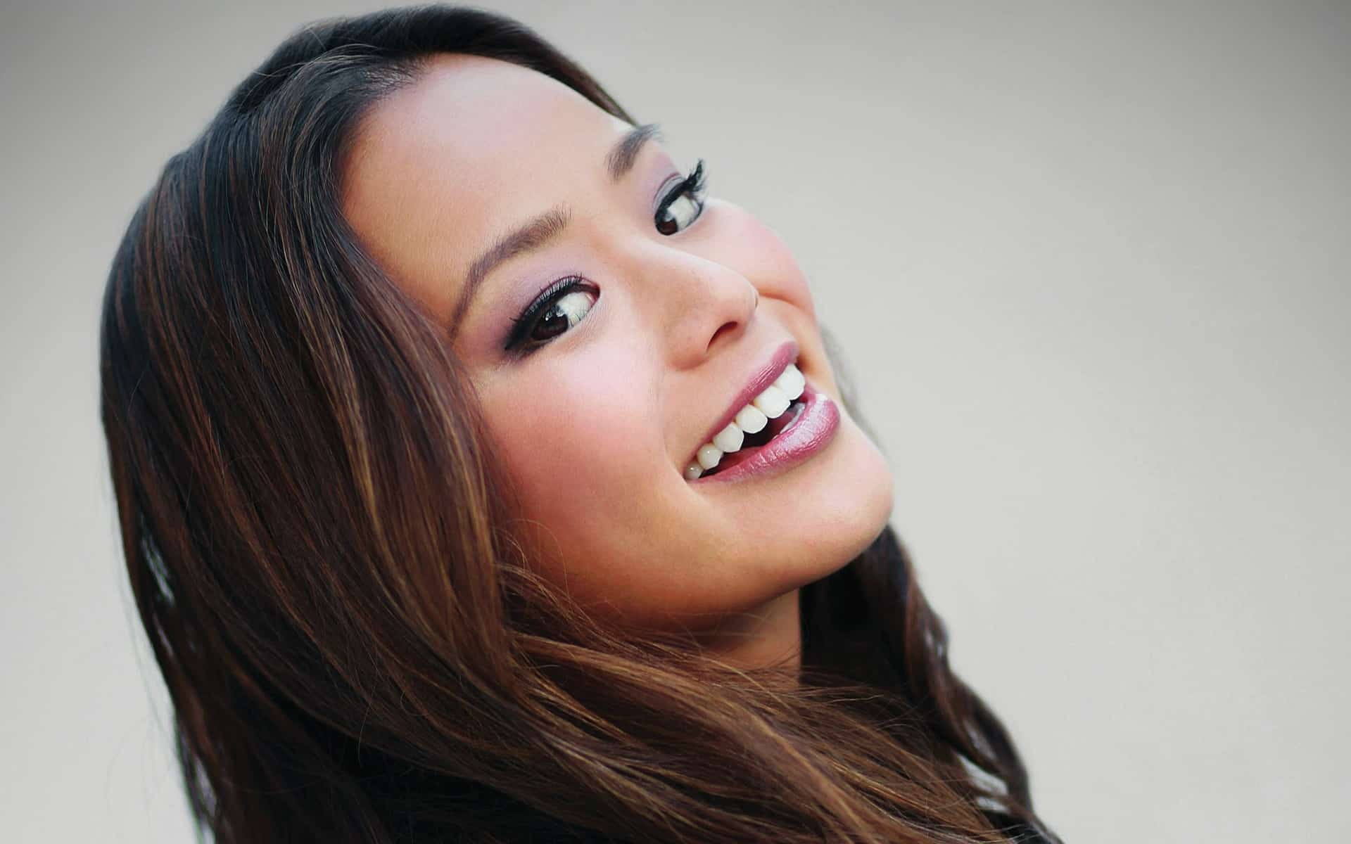 Page 1-Jamie Chung Joins 'Gotham' As Valerie Vale