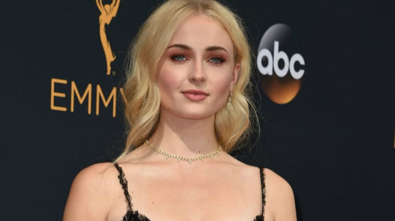Game Of Thrones Sophie Turner Gets Matching Tattoo With