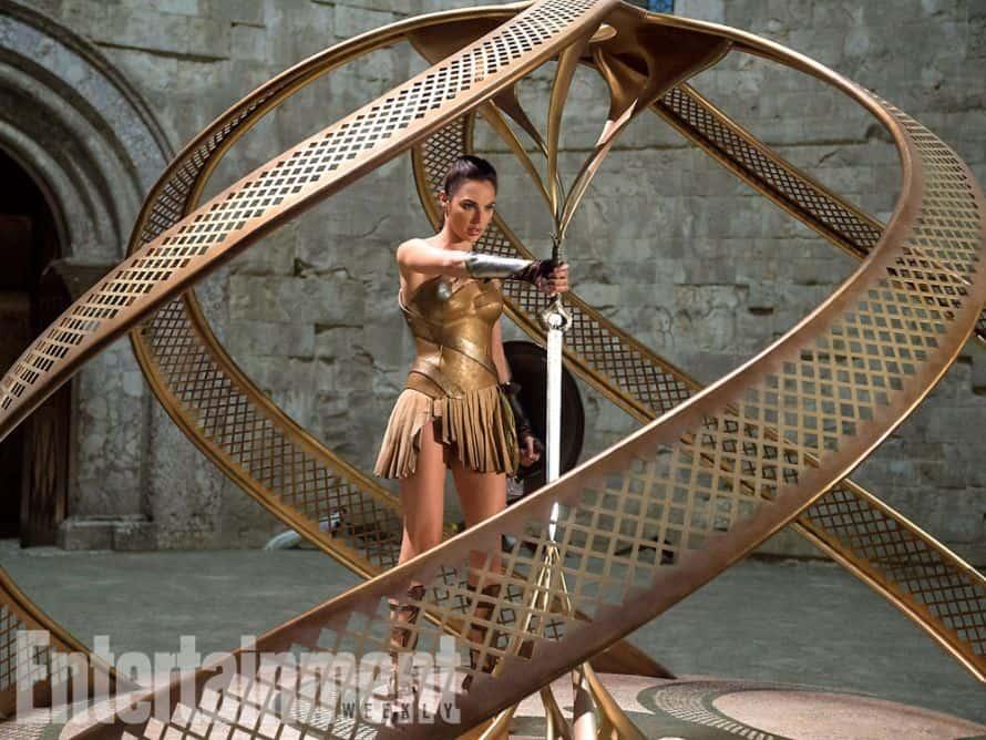 Gal Gadot Wonder Woman Sword