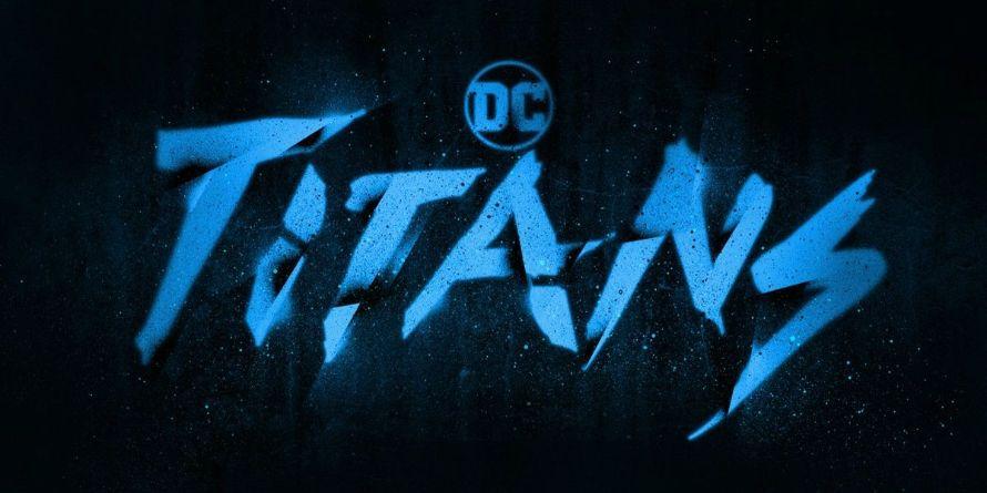 Titans DC Universe Logo Raven Blackfire Batman Commissioner Gordon