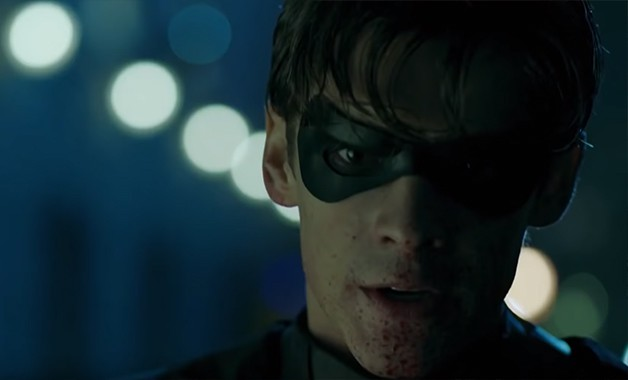 Titans Brenton Thwaites Robin Batman DC Universe
