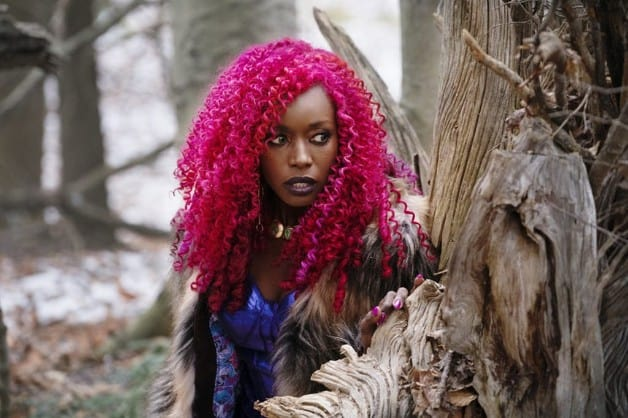 DC Universe's Titans Season Premiere Photos Officially Released Starfire Anna Diop
