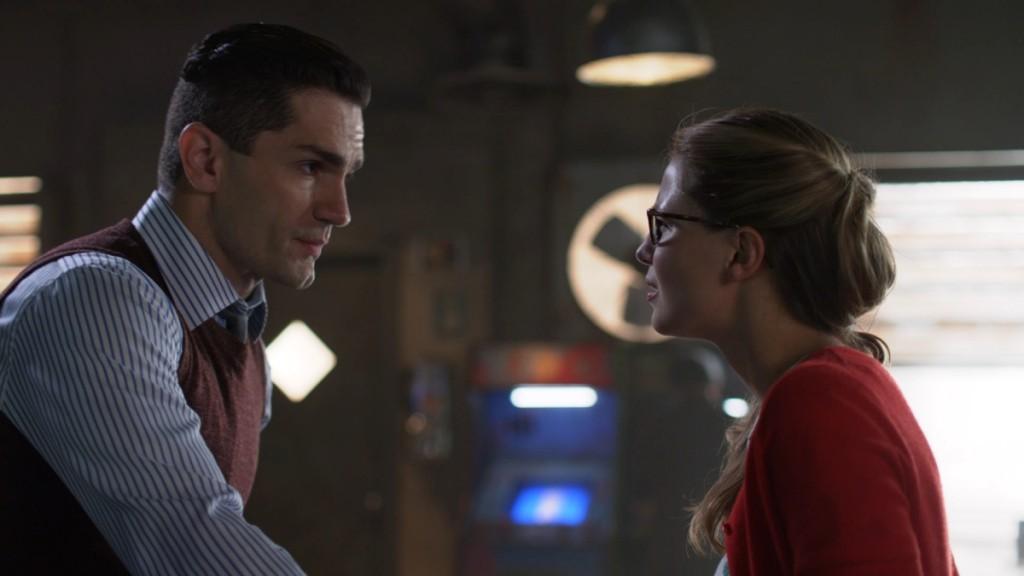 Supergirl Agent Liberty Kara Danvers CW