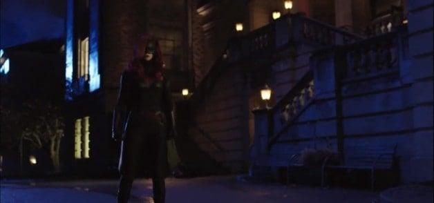 Batwoman DCCW Elseworlds Ruby Rose Gotham City Arkham Asylum