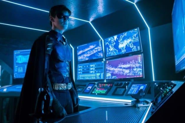 Robin DC Universe Dick Grayson