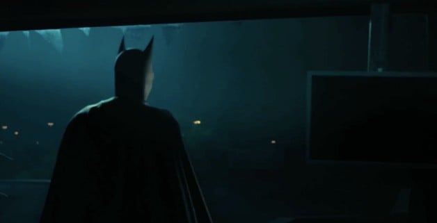 is that really batman in the latest trailer for titans