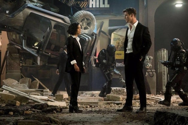 Chris Hemsworth Tessa Thompson Men in Black