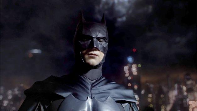 David Mazouz Batman Gotham Lili Simmons Catwoman