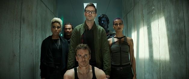 X_Men_Dark_Phoenix_Marvel_Selene_Kota_Eberhardt_Cast