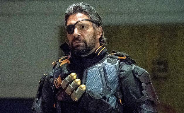 Arrow Deathstroke Manu Bennett