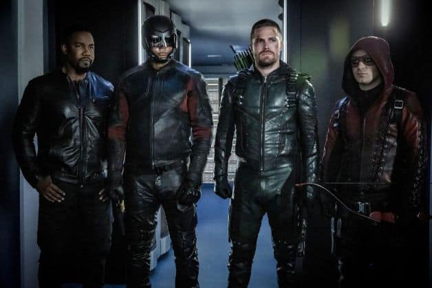 Stephen Amell Arrow Season 8 (1)