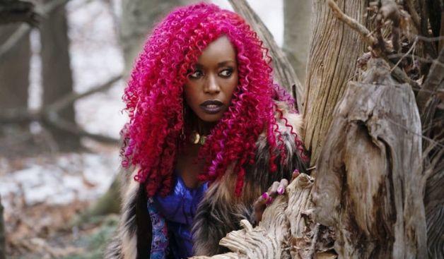 Titans Starfire Anna Diop