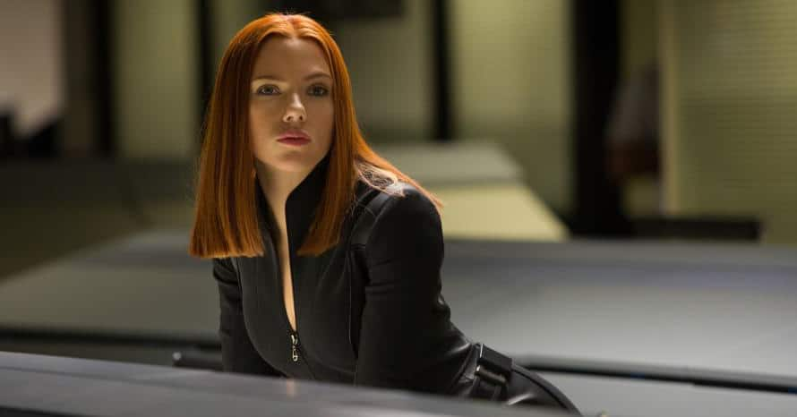 Black Widow Scarlett Johansson Jeremy Renner White Suit Marvel
