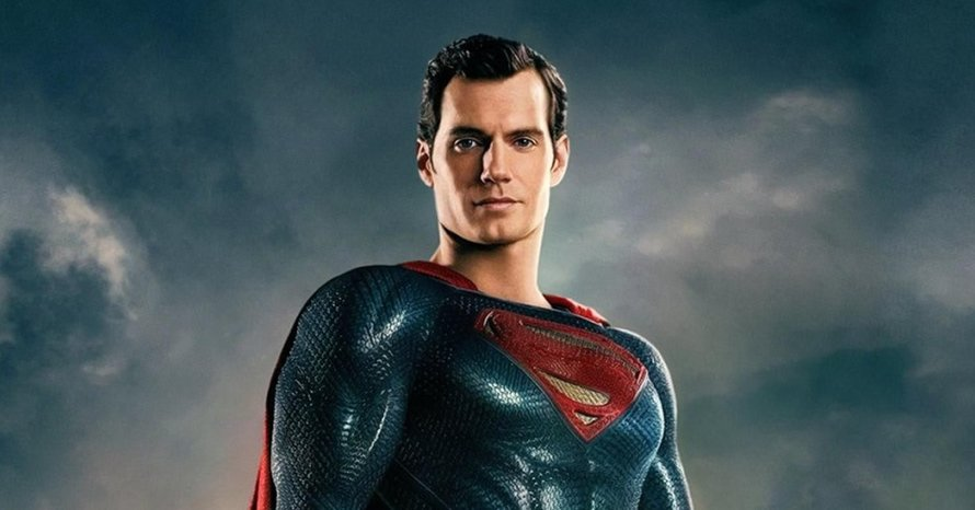 'Justice League' Star Henry Cavill Becomes 'Kingdom Come' Superman In New Image