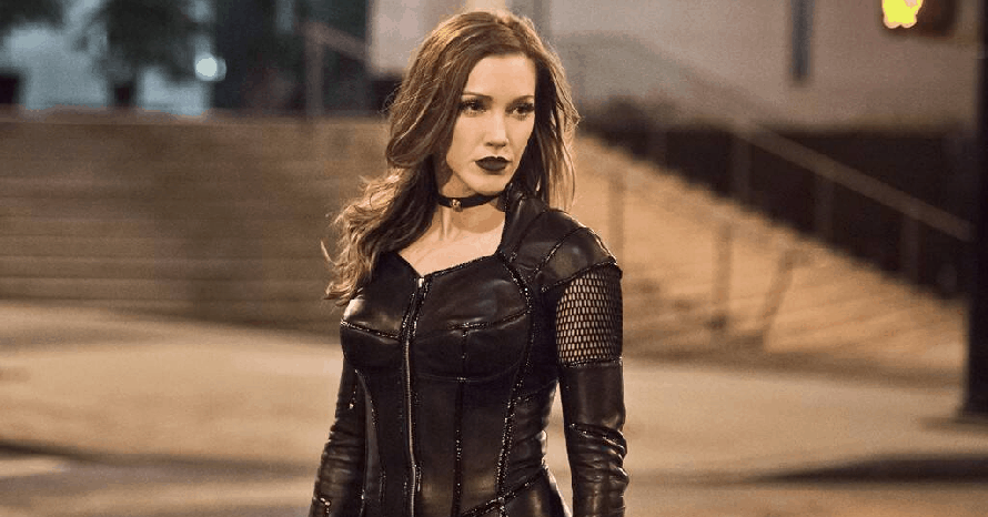 Green Arrow Katie Cassidy The CW Birds Of Prey Crisis On Infinite Earths Black Canary