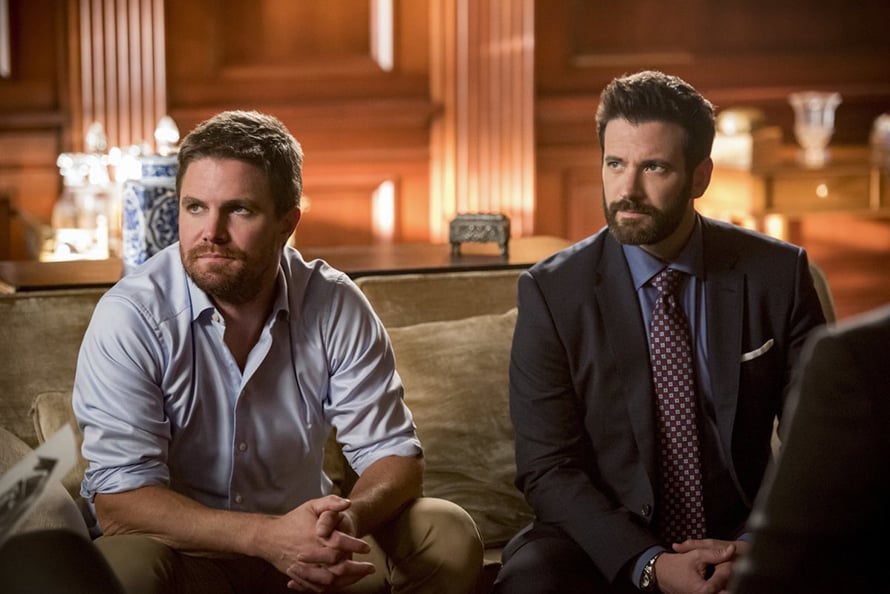 Arrow_Stephen_Amell_Starling_City_Two