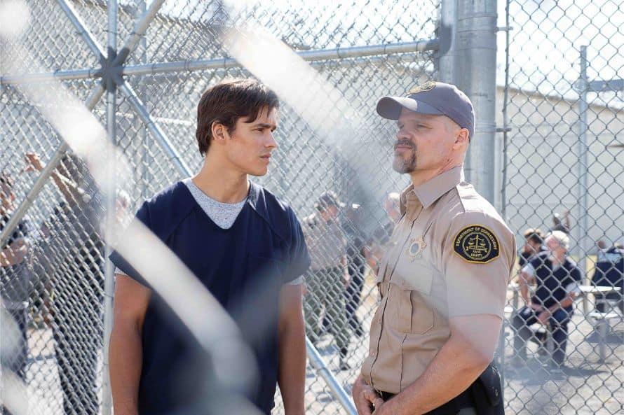 Titans Fallen Dick Grayson Prison