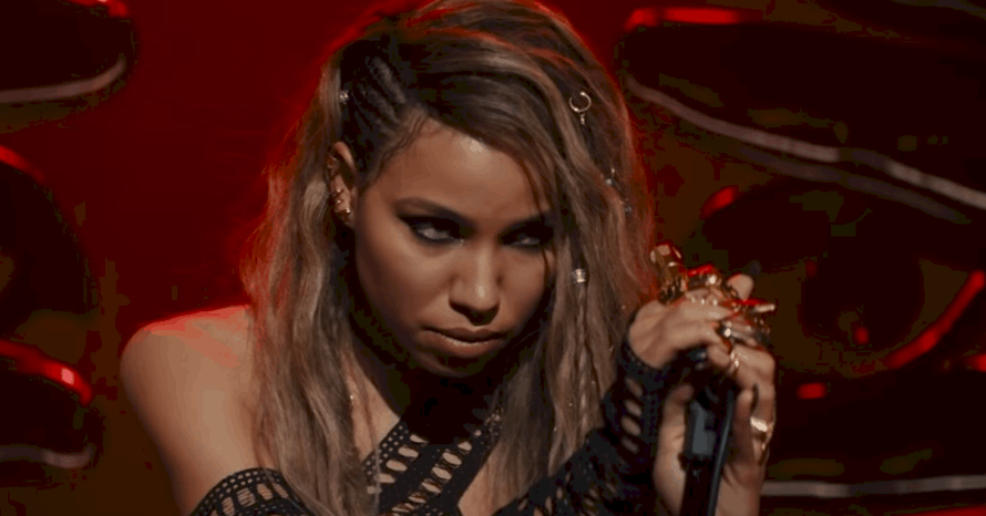 Jurnee Smollett Bell Drops Pics Of Her Favorite Birds Of Prey Outfits