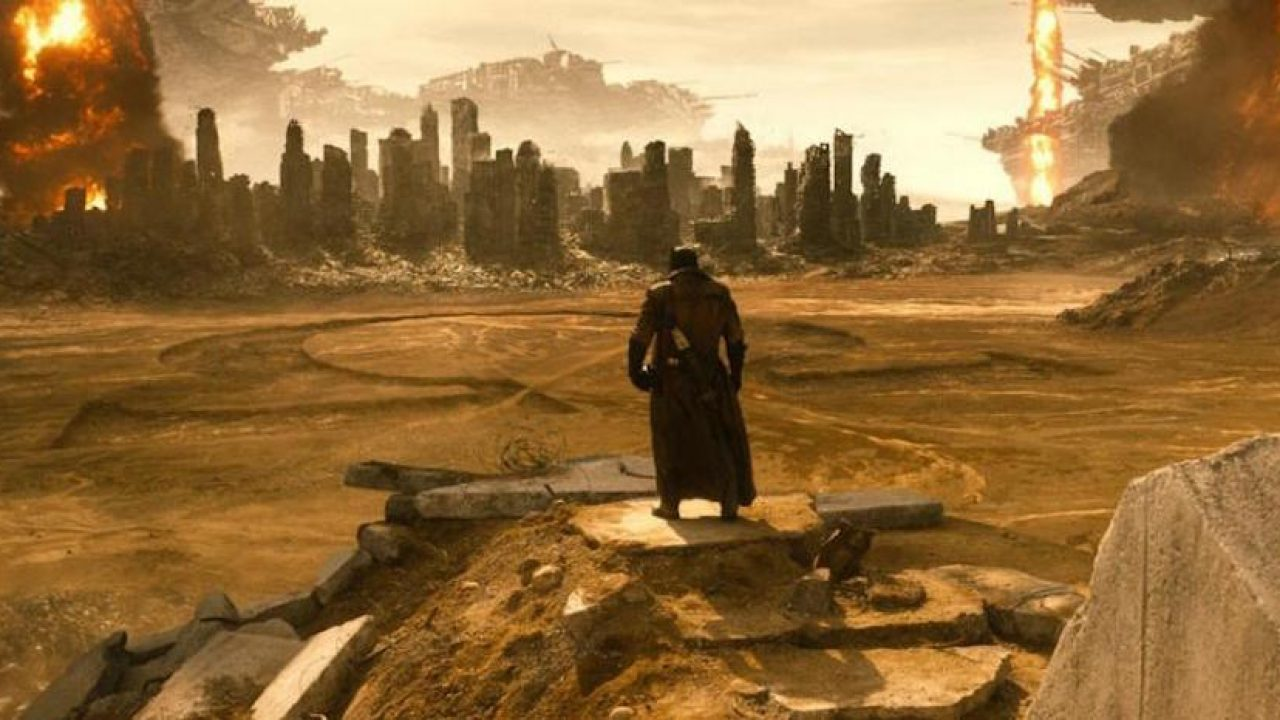 DCEU Scenes, The Knightmare sequence from Zack Snyder's Justice League - which shows Batman and Joker conversing in a post-apocalyptic site.