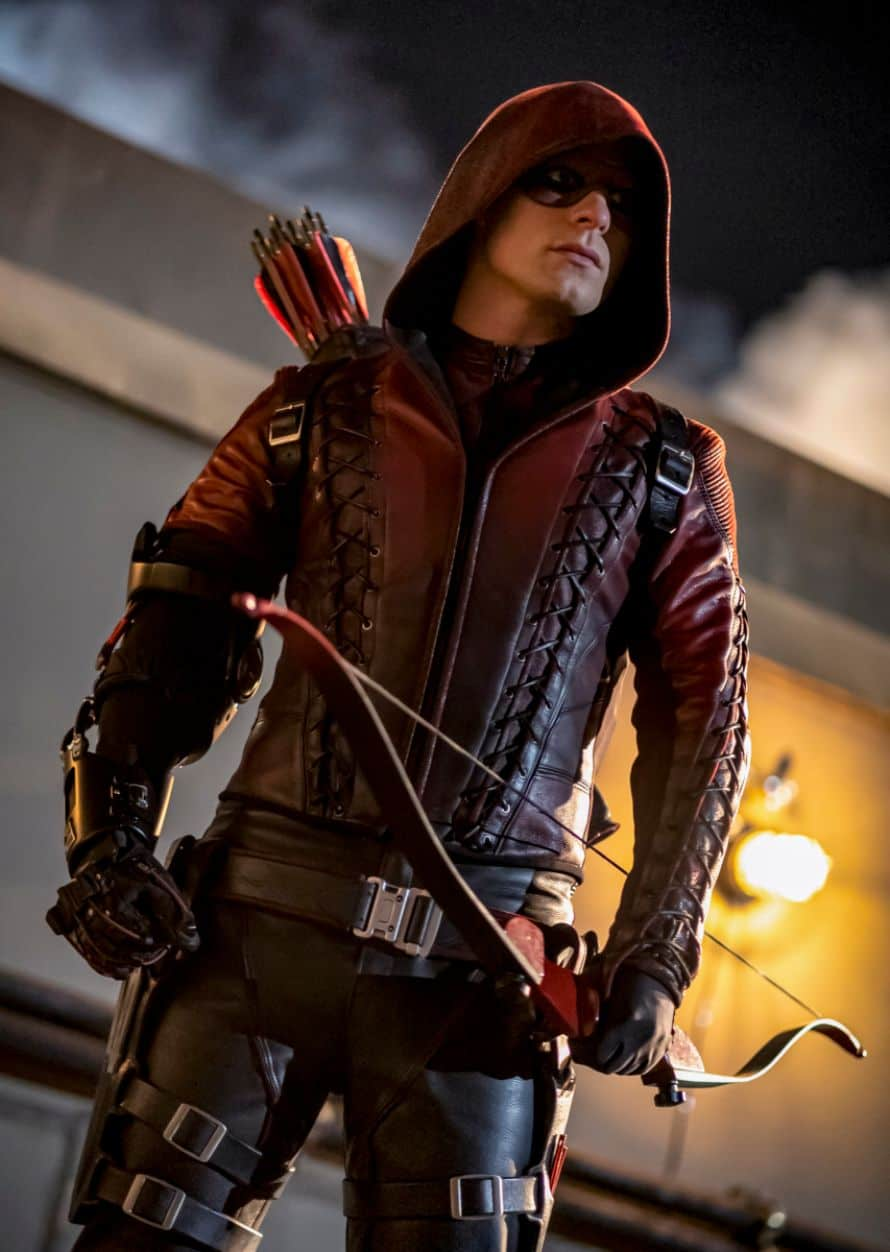 Arrow Stephen Amell Fadeout Red