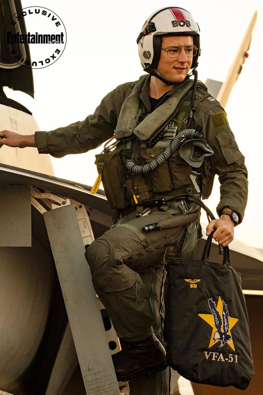 Top Gun Maverick Tom Cruise Six
