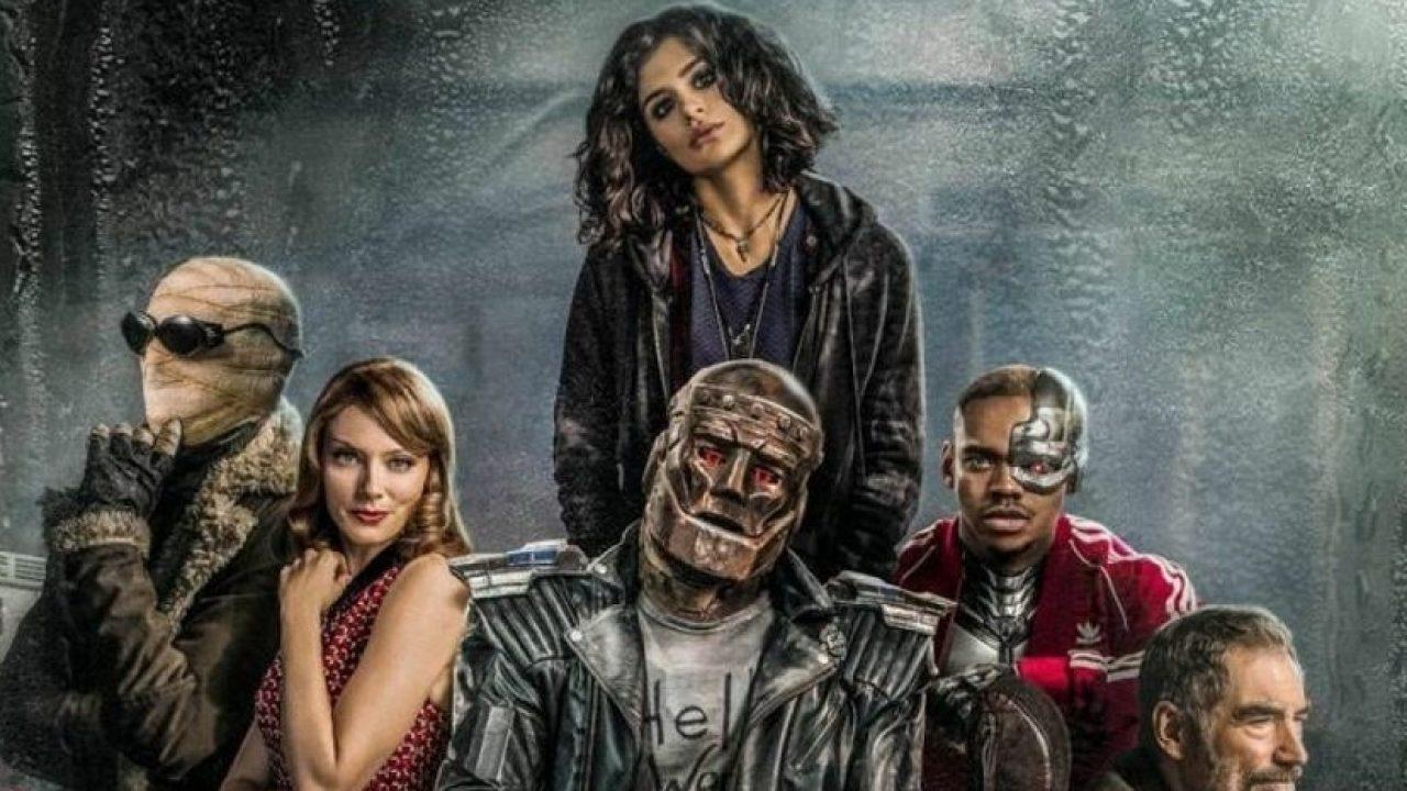 Doom Patrol Brendan Fraser Praises Robotman Suit Actor