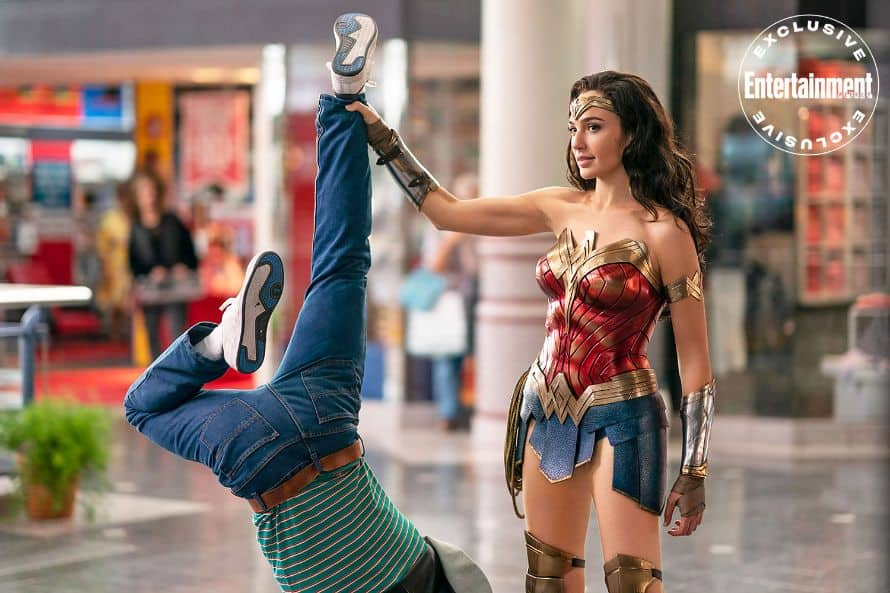 Wonder Woman 1984 Gal Gadot Mall