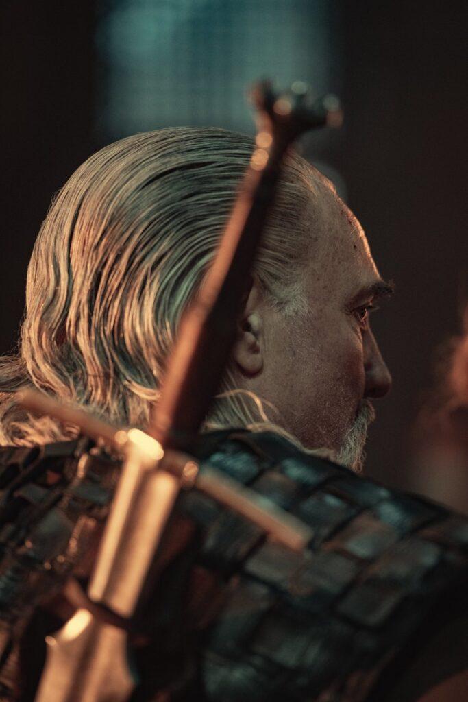 The Witcher Netflix 02 Vesemir Kim Bodnia